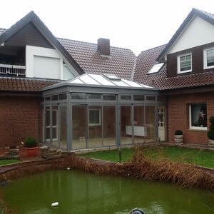 Terrassendach mit Dachfenster