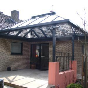 Spitzdach mit Dachentlüftung